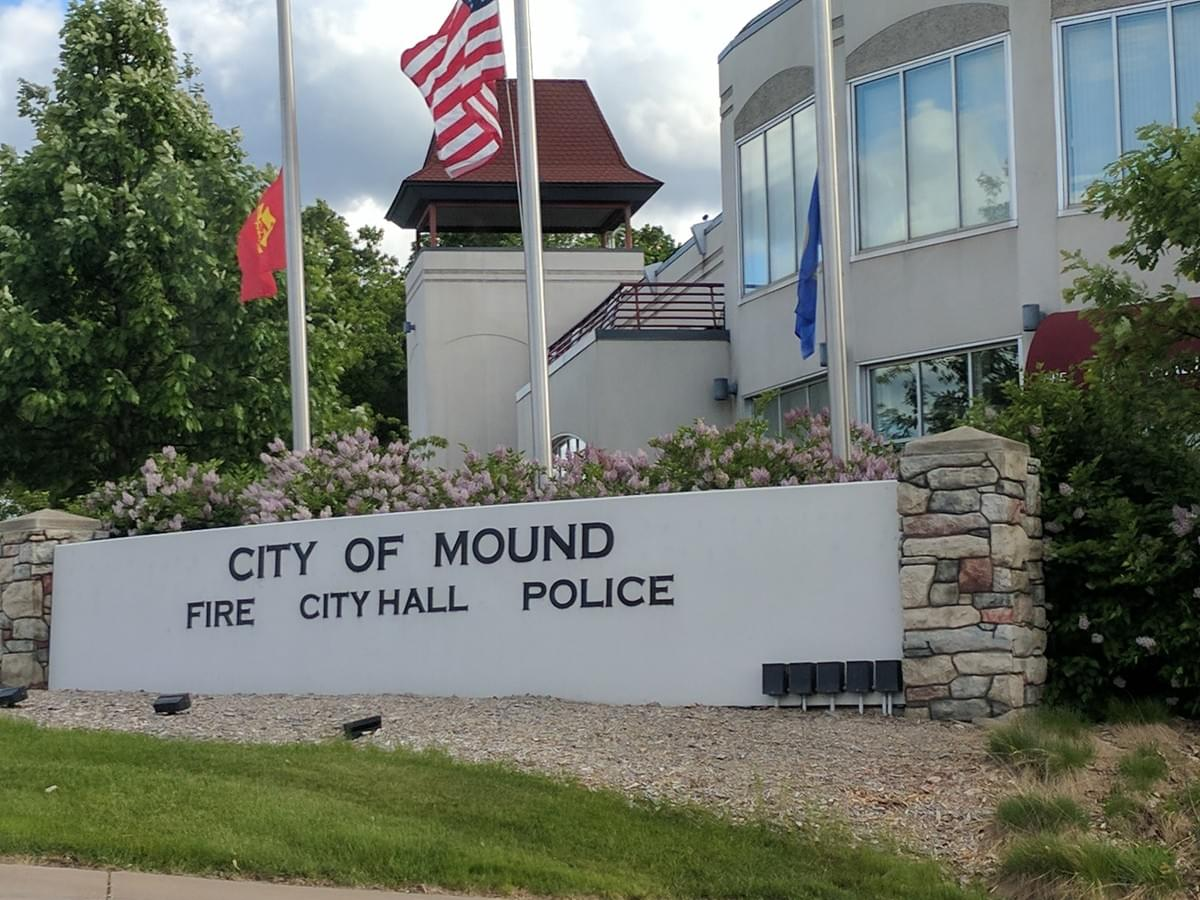 Public Safety office in Mound