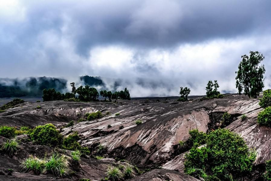Image showing the volcanic landscape of Mount Bromo in the Bromo Tengger Semeru National Park in East Java, Indonesia.