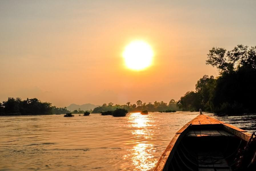 Image showing a boat tour taking us to Mekong sunsets