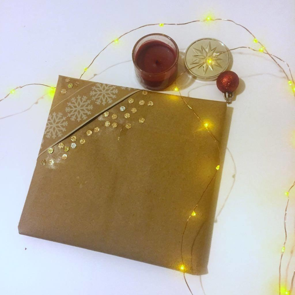 thrifty gift wrap ideas