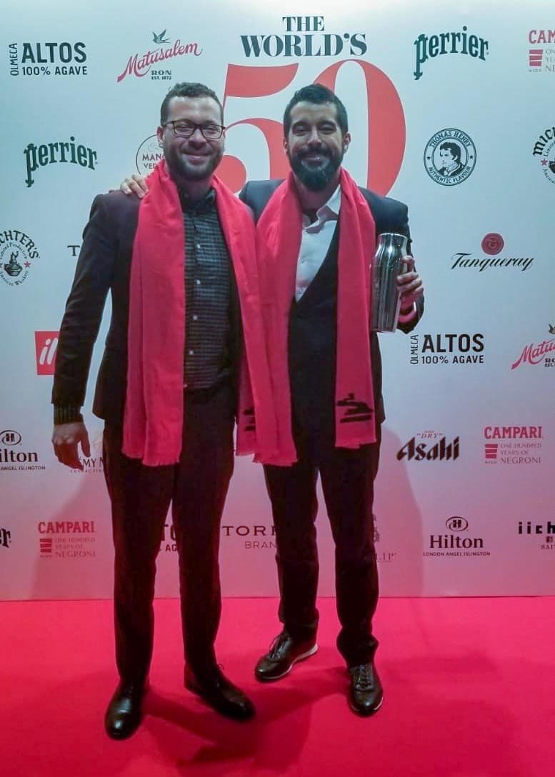 Carlos Irizarry and Leslie Cofresí traveled to London to receive the award.