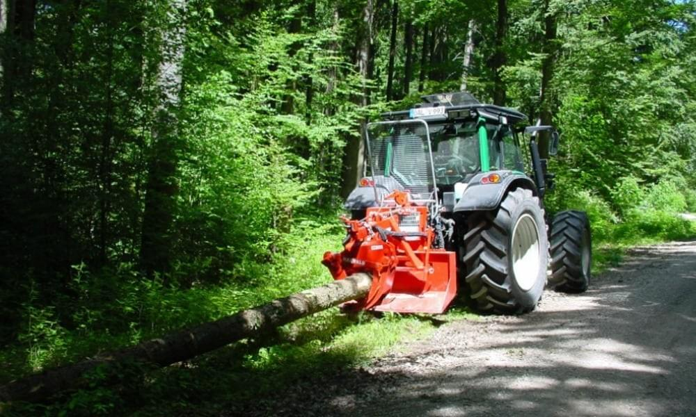 Tree Dimensions Is an agent for Maxwald equipment. Maxwald winches and grapples get felled trees to the roadside.