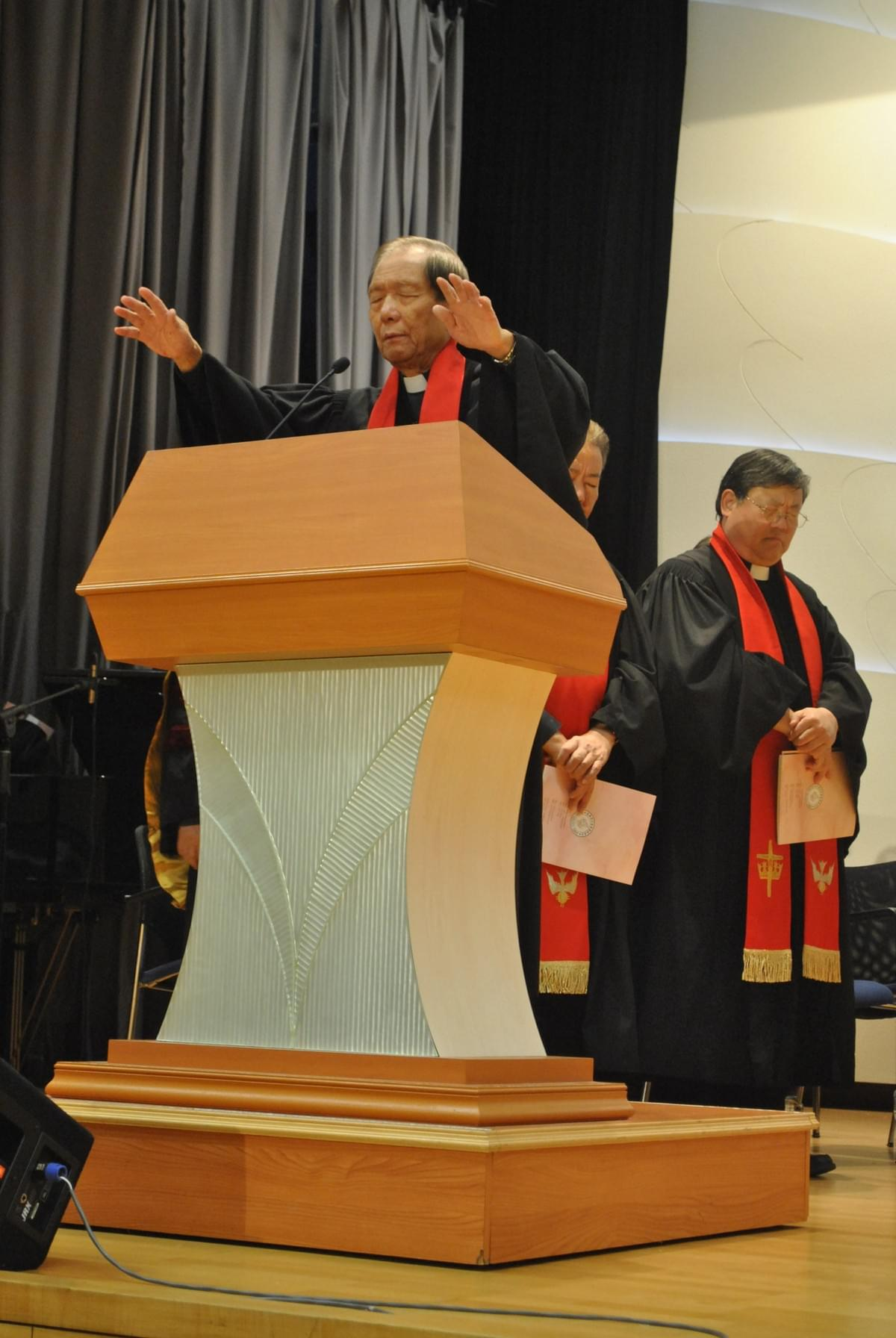 Rev. Paul CHAN Blessing the Audience