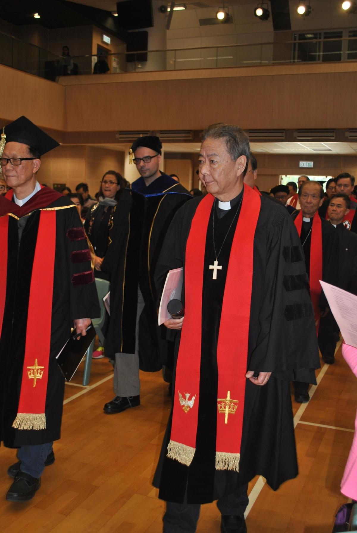 Rev. Dr. Allan YUNG, LCHKS President, Heading the Procession