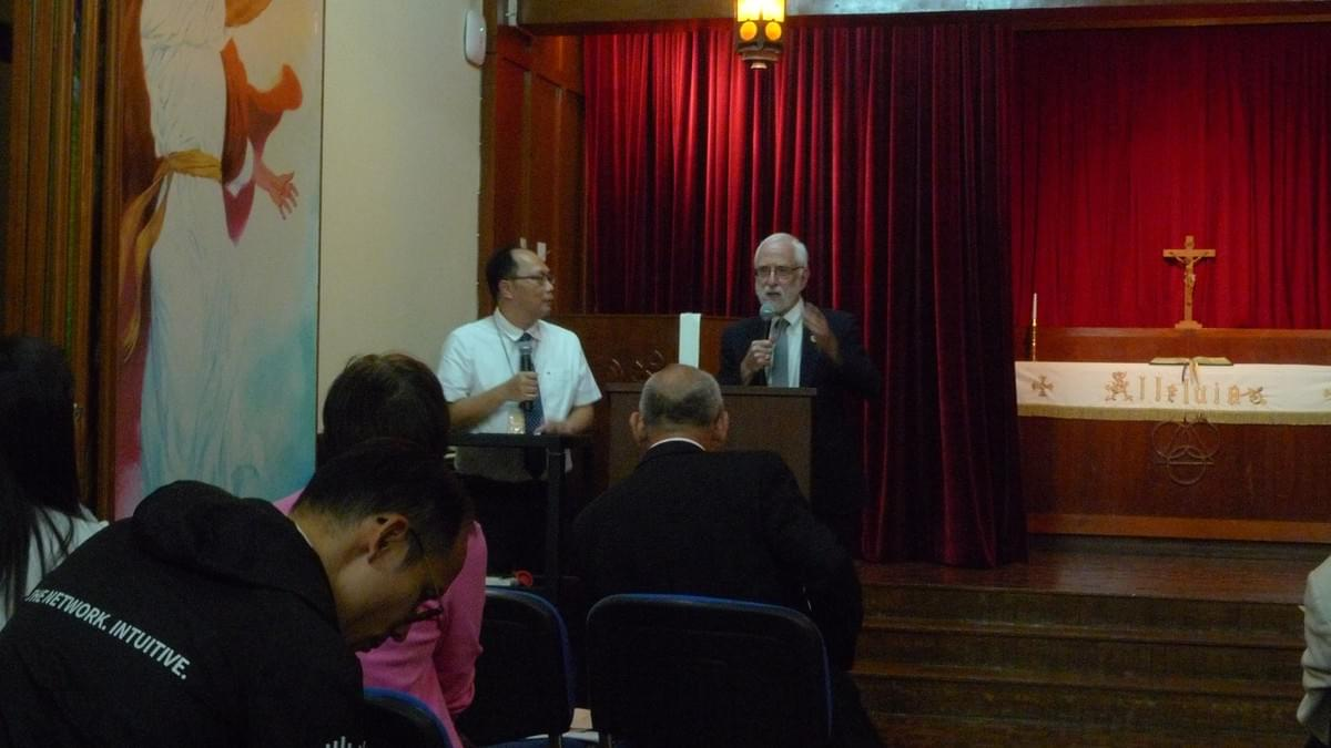 Rev. Dr. Richard CARTER Responding,Rev. Sam YEUNG Interpreting