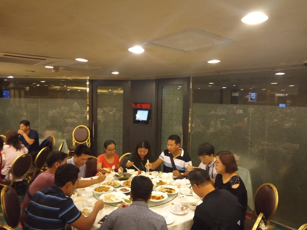 29Dinner(Myanmar Students)