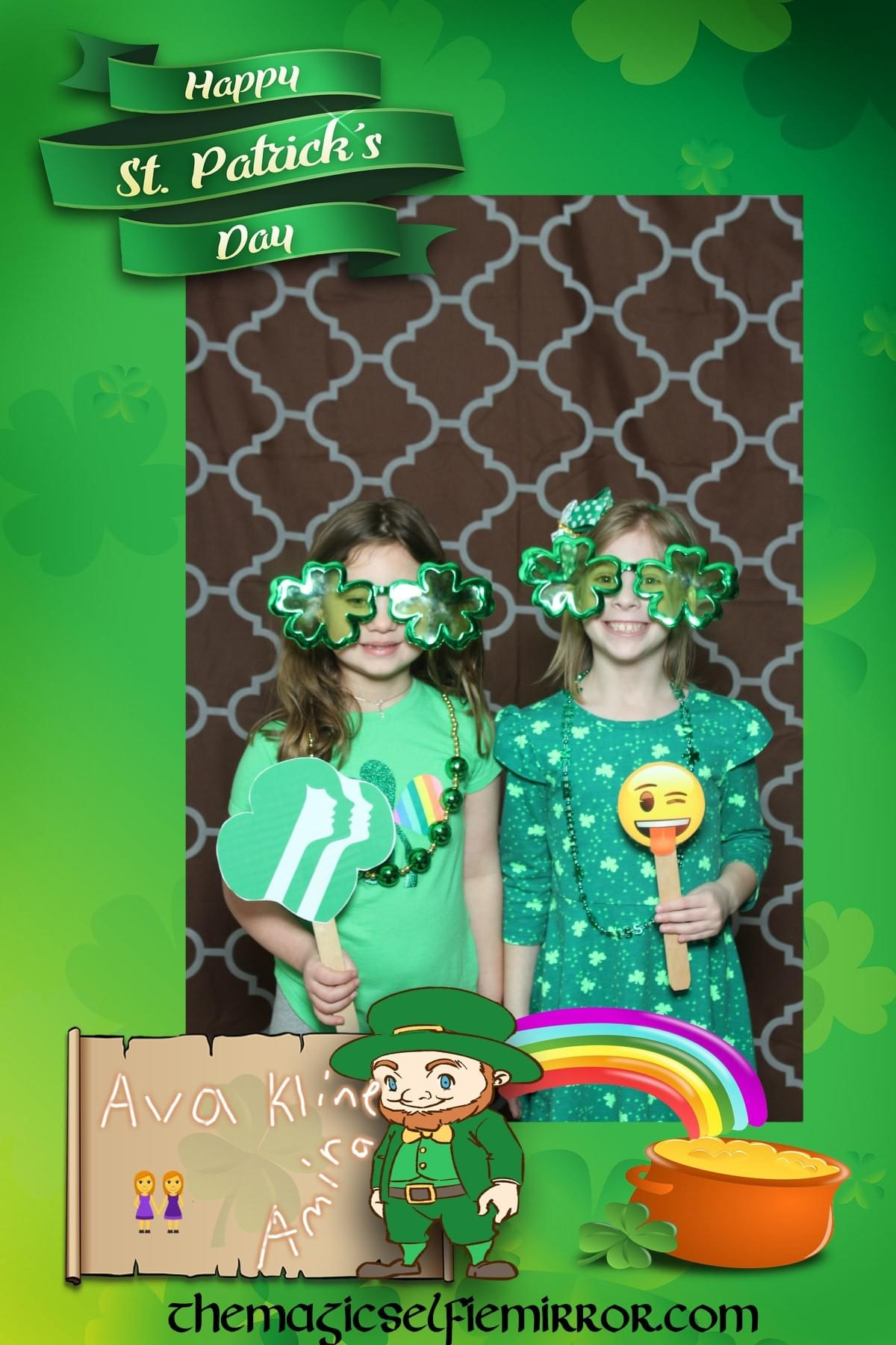 GSCM680 St. Patricks Day Dance with the Magic Selfie Mirror