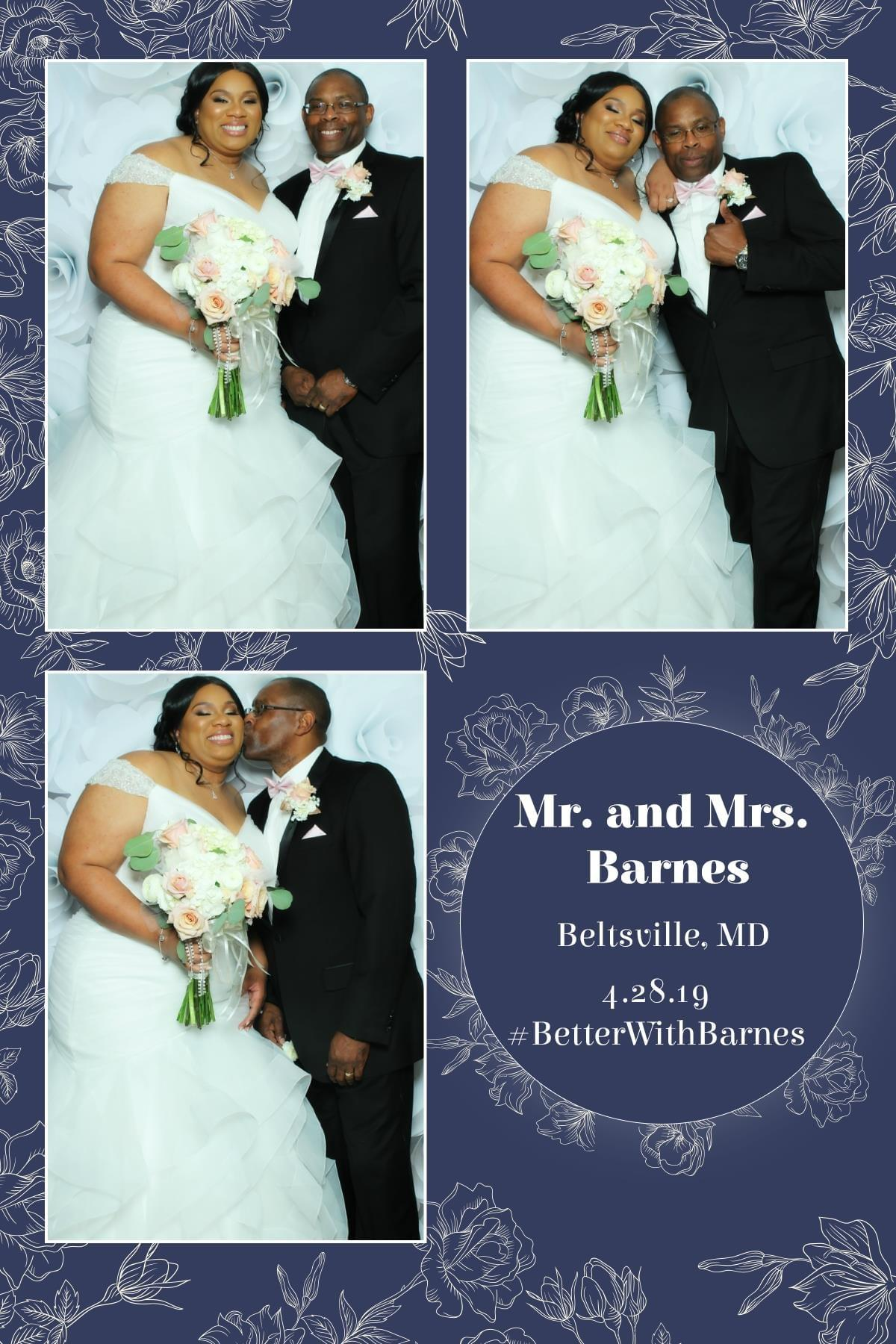 Wedding mirror photo booth - Villas at Calverton