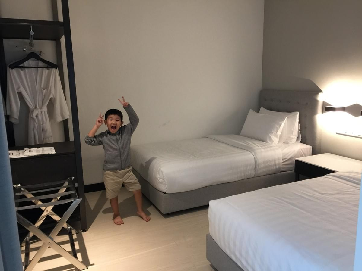 2 bedroom premium suite at avillion cameron highlands #cameronhighlands #malaysia #familivacay #familytravel #travelwithkids