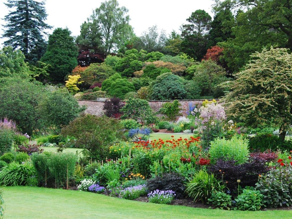 Holehird garden in the lake district