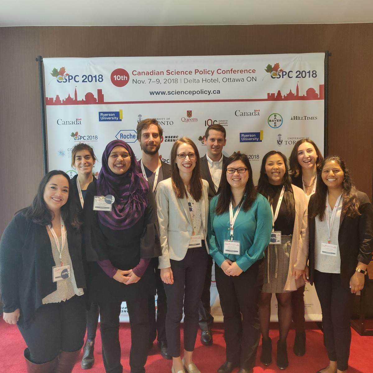 Photo of entire Toronto Science Policy Network team of volunteers at the 2018 Canadian Science Policy Conference.
