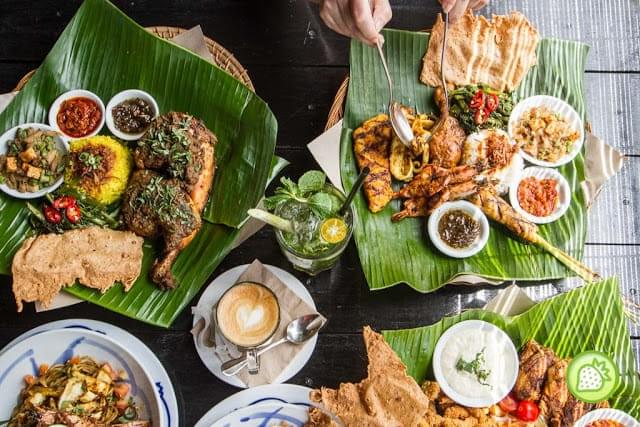 Tuck yourself to authentic Indonesian food at Ole Ole Bali! (Credit: Malaysian Foodie)
