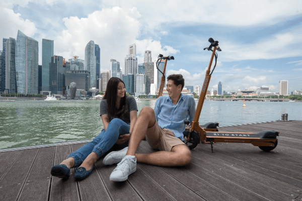 Explore the Marina Bay area on wheels
