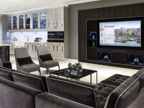 Crestron Experience Orlando Smart Home Week