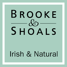 Self Starter Magazine Review of Brooke & Shoals Reed Diffusers #selfstartermagazine #thinktellteach #brookeandshoals #kajsakinsella #productreview #review