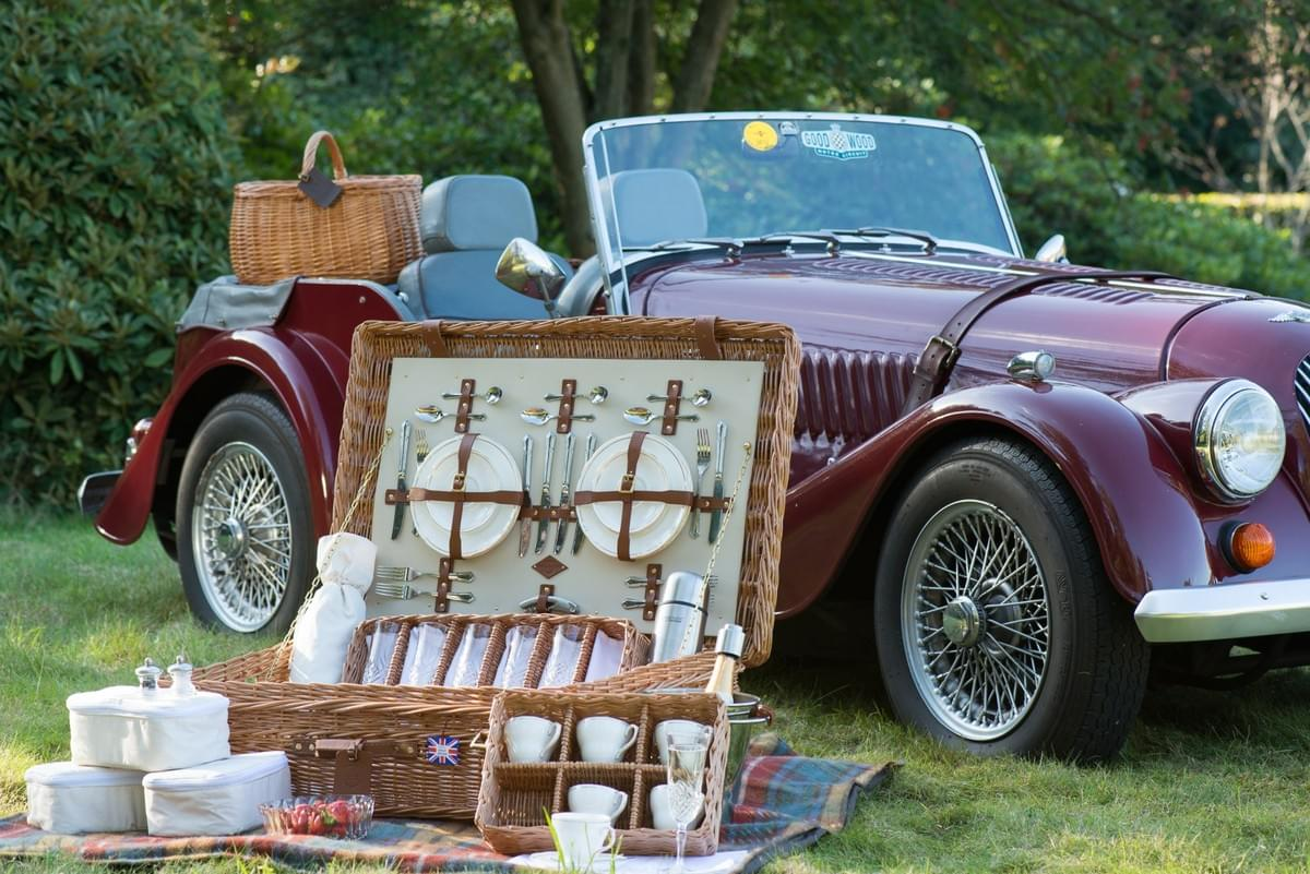 luxury hampers sports car old outside food MG