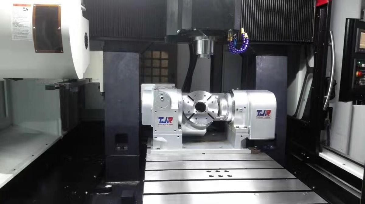 3+2 5-axis CNC milling machine