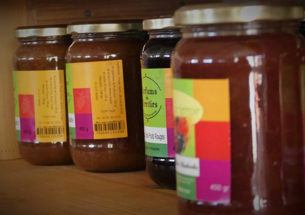 Confiture d'un artisan du terroir, un produit local de la région de Bourgogne