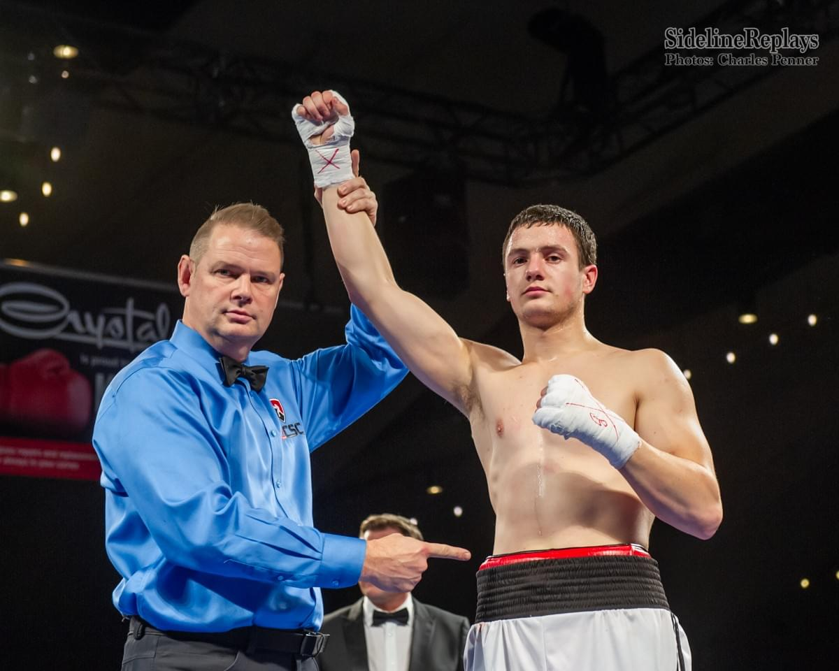 (Above) Oleksandre Voytenko remains undefeated (6-0) in a victory over Giovanny Gonzalez - Photo Charles Penner