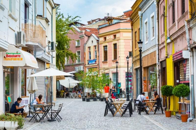 Plovdiv's small cafe shops and narrow artistic streets. Learn more at baogudeic.om