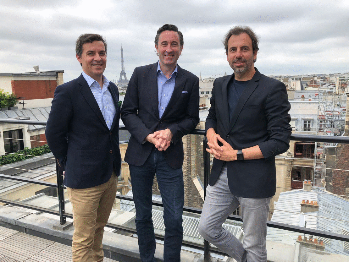 Bertrand Morier, Head of Operations de CACI, Kieron O'Brien, Director de Know Your Customer et Benoît Bourdin, responsable relations partenaires et international du Village by CA Paris