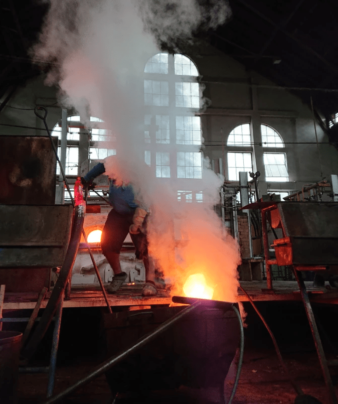 Glass Blowing - Cvikov - Photo by Martyn Railton