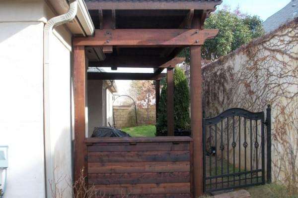 Fence Builders in Tulsa Oklahoma I Custom Wood Fence and Pergola Company I Oklahoma Outdoor Living
