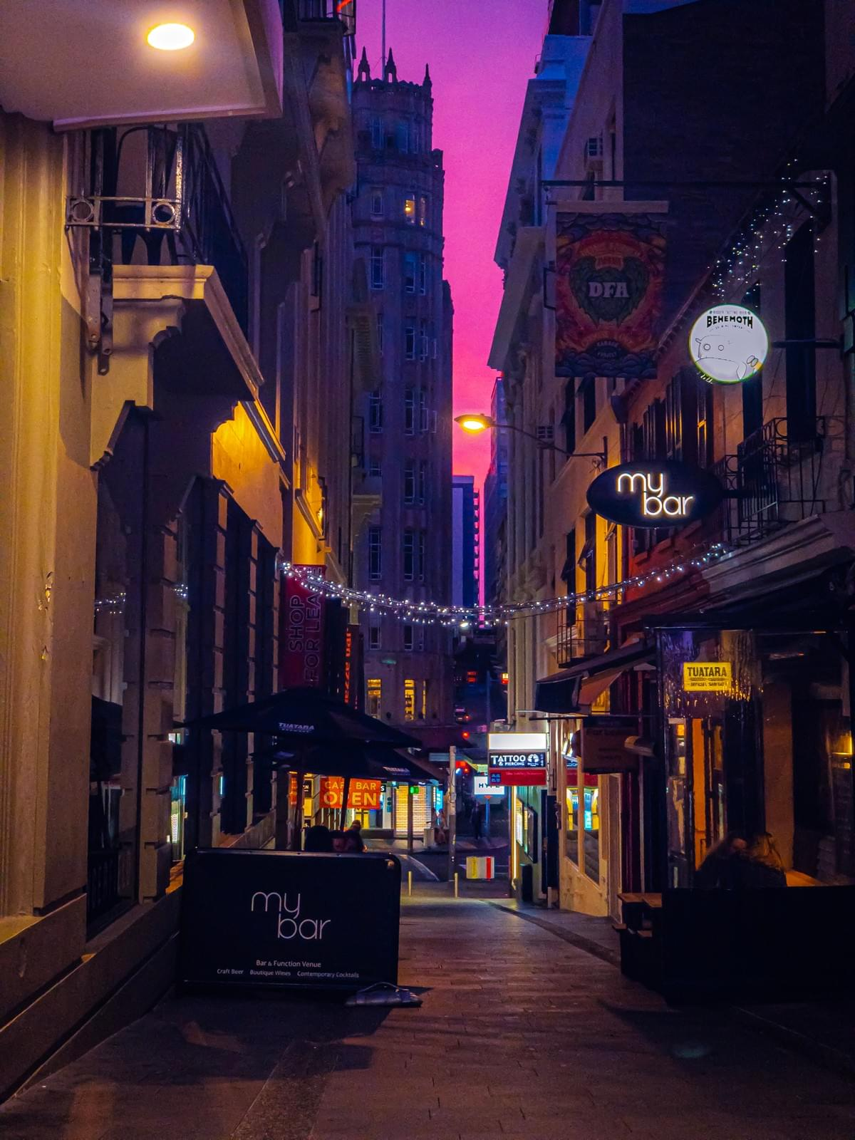 Picture of the Day: Evening Street, Auckland CBD