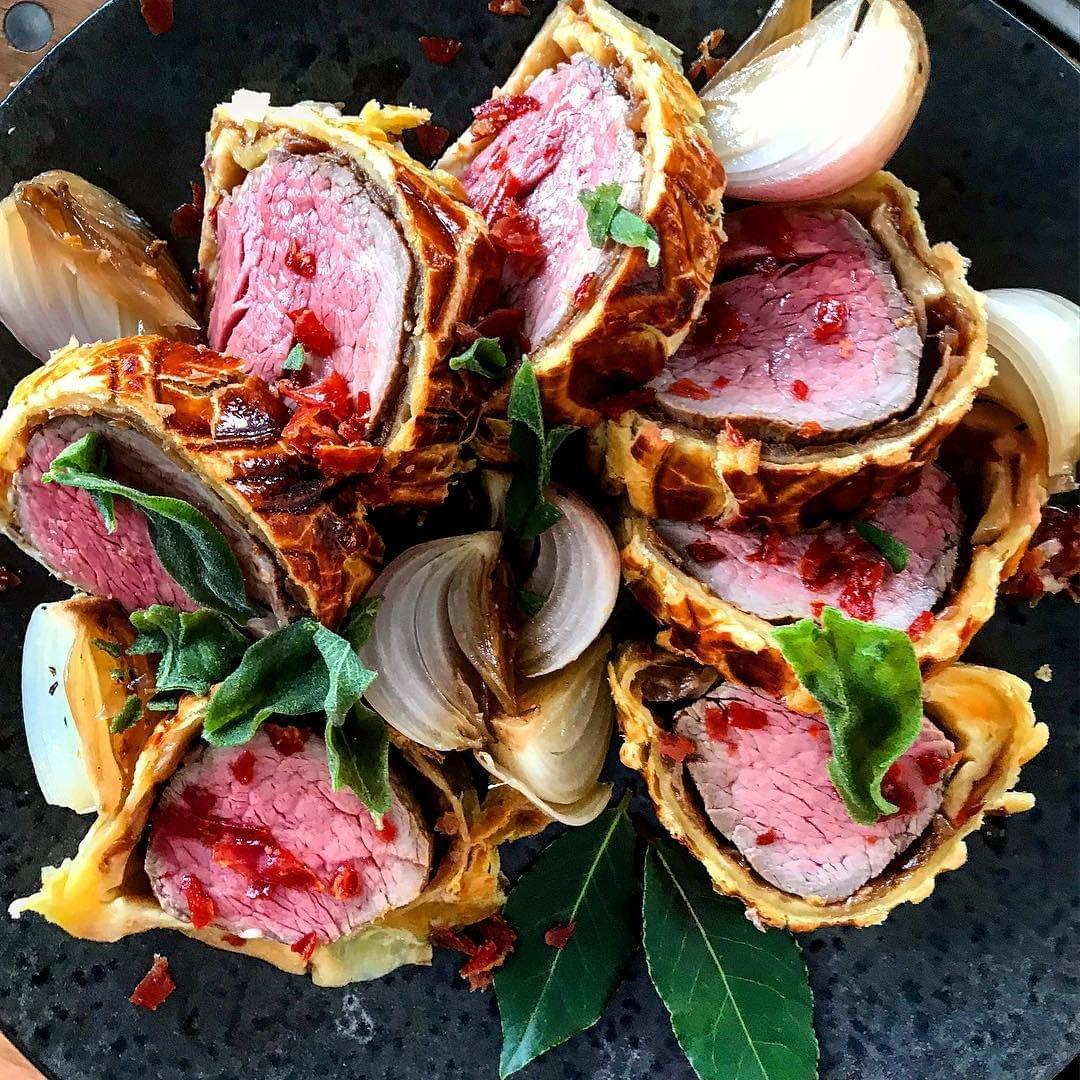 Image of Beef Wellington with Caramalised Onion for a Yorkshire Wedding