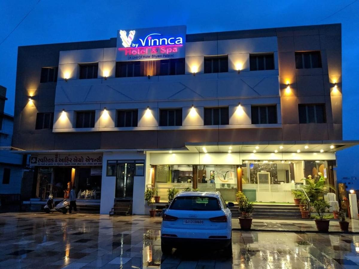 How to Get the Best Deal on Hotel in Bhuj?
