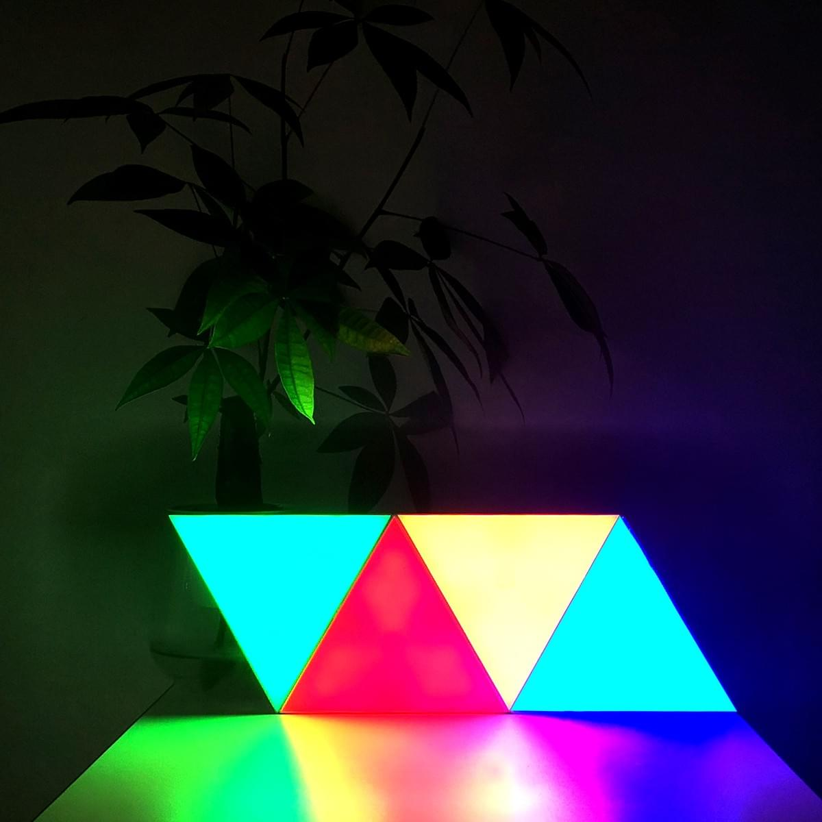 remote controlled triangle led light