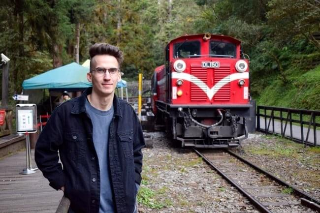 Forest Railway: Top 5 Best Things to Do in Alishan