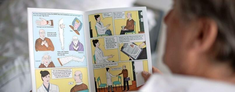 A comic informs patients of the Charité cardiology department about the practice and benefits of cardiac catheterization @MONIKA SKOLIMOWSKA/DPA