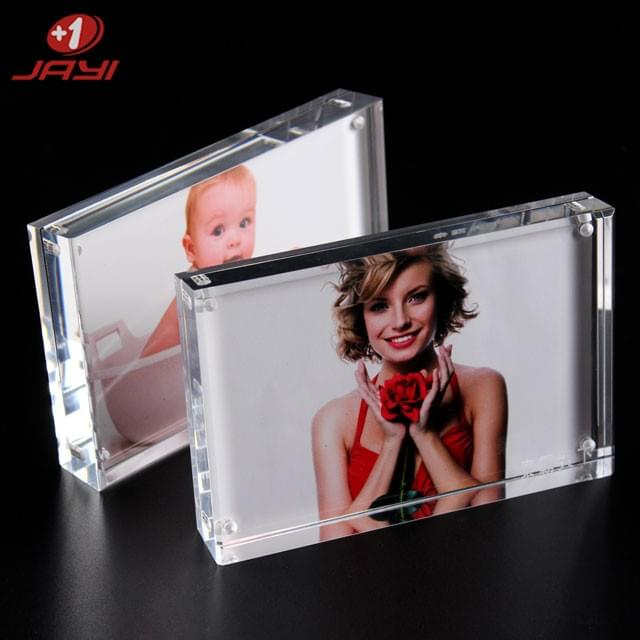 Acrylic Photo FrameCrystal Clear and beautiful appearance