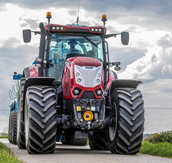Large Scale Tractor