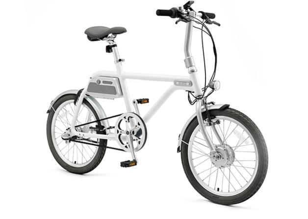 電動アシスト自転車 COOZY (WHITE) 斜め振り前
