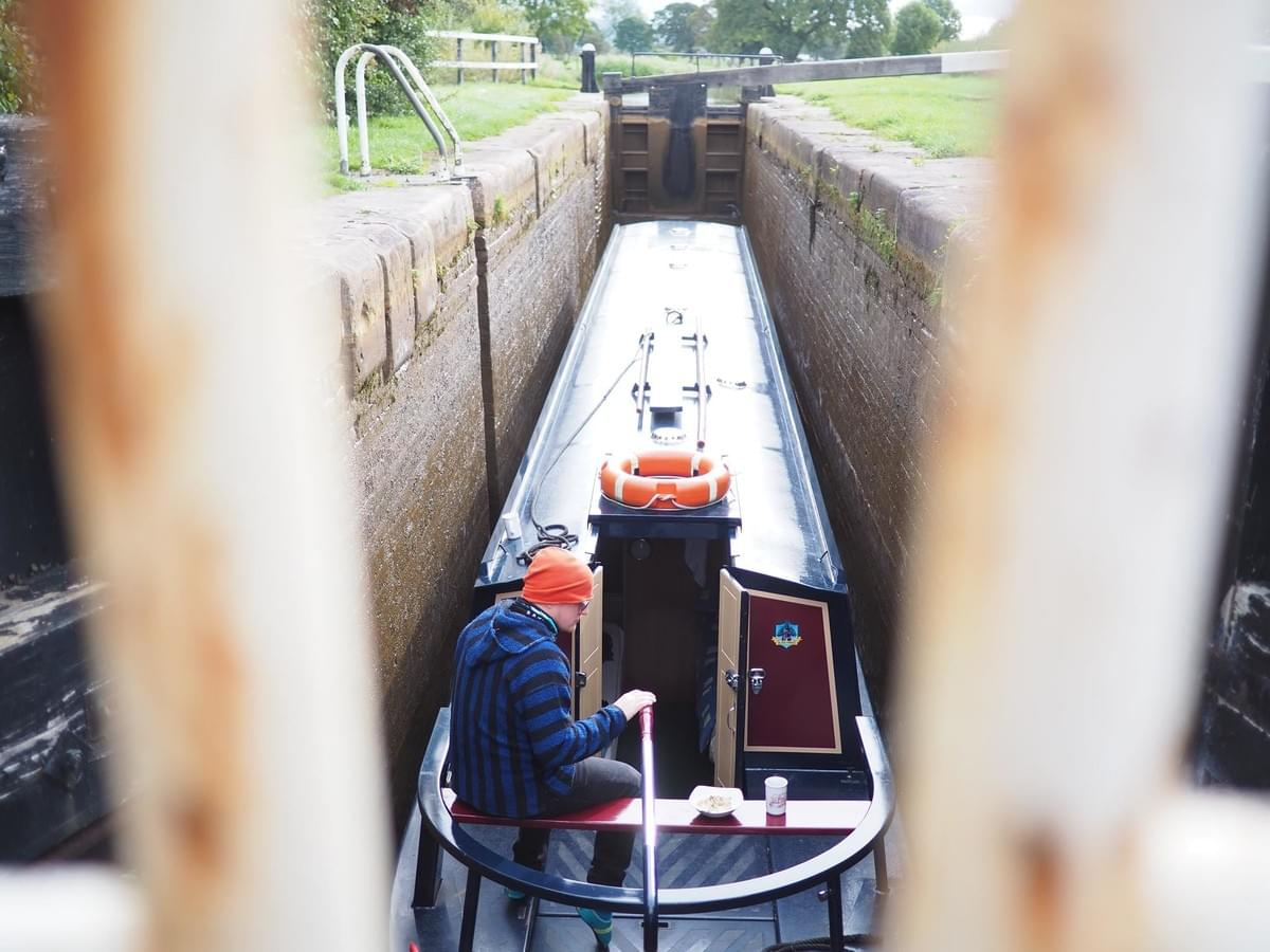 Me driving operating a narrowboat in a lock during my vacation on the British canals. Photo: Alexander Uggla