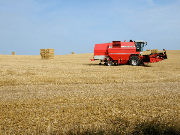Combine Harvester Overview - How to Choose One for Your Farm