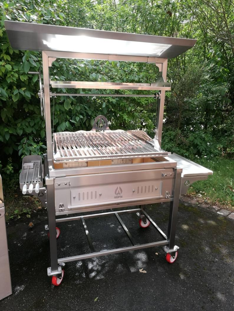 Argentinian Style Parilla Grills, Santa Maria Grills made in the UK