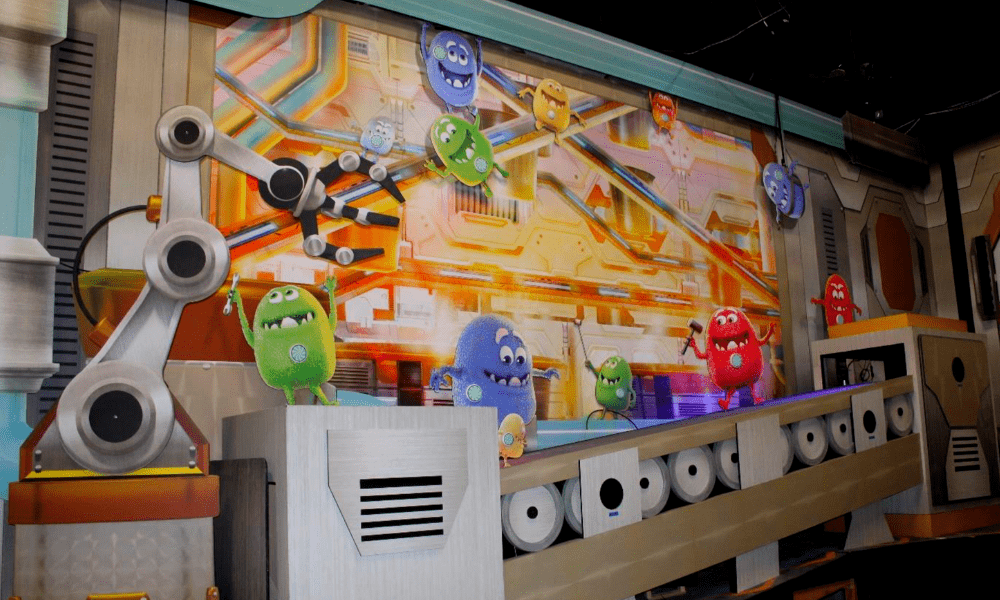 Custom Wall Murals: Reeses Cupfusion Dark Ride, Sally Corp.
