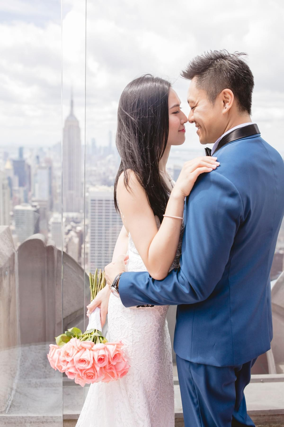New York Pre-wedding photo / New York Photographer / Rockefeller Center / Top of the Rockefeller / engagement photo