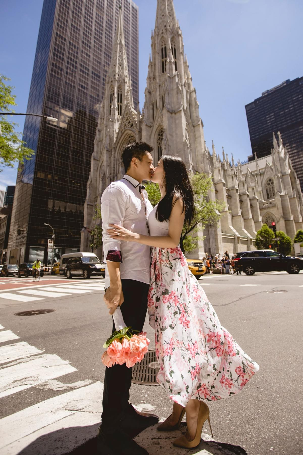 New York Pre-wedding photo / New York Photographer / 5 Ave  / Top of the Rockefeller / engagement photo