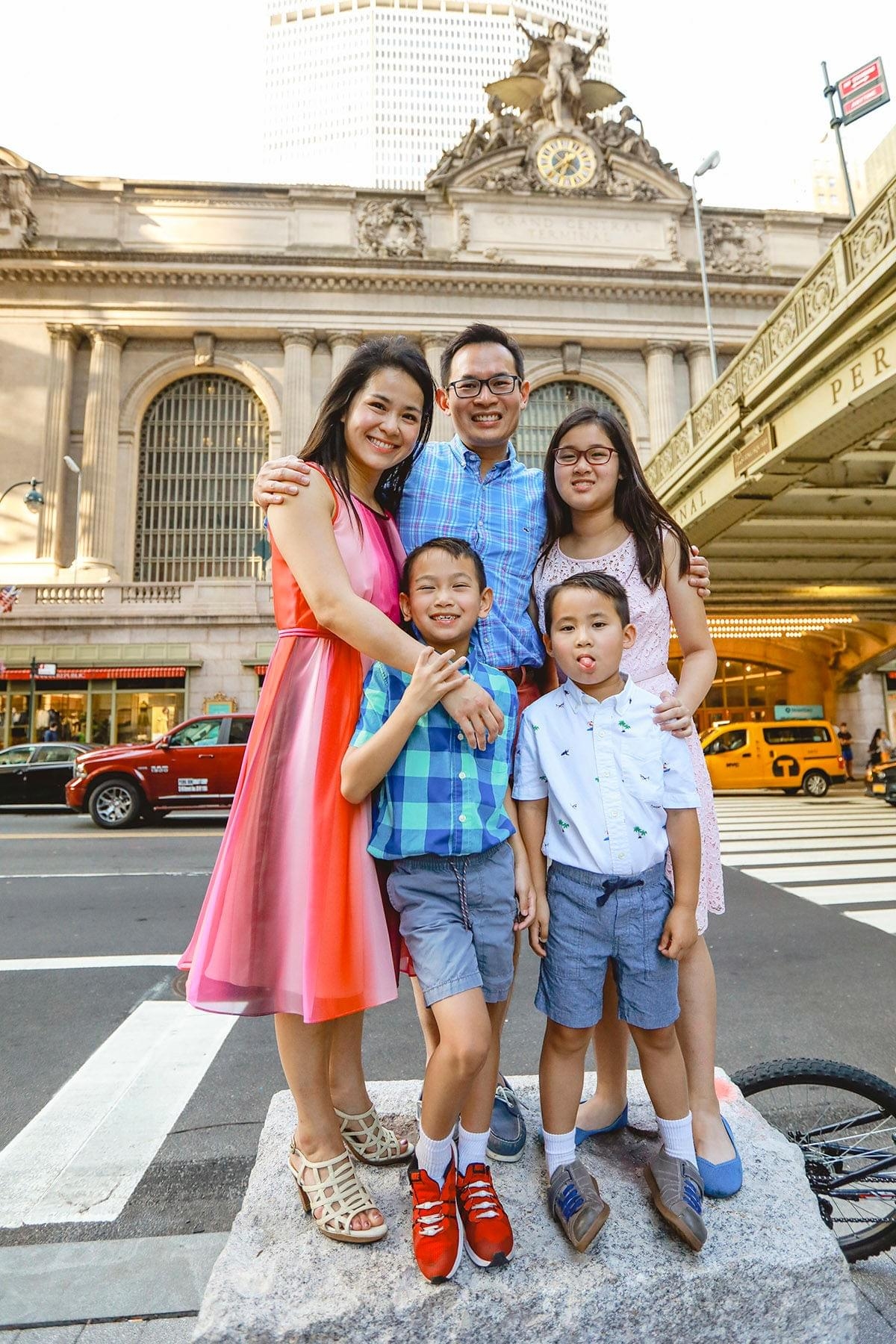 Grand Central / Family Photo shoot / new york photographer