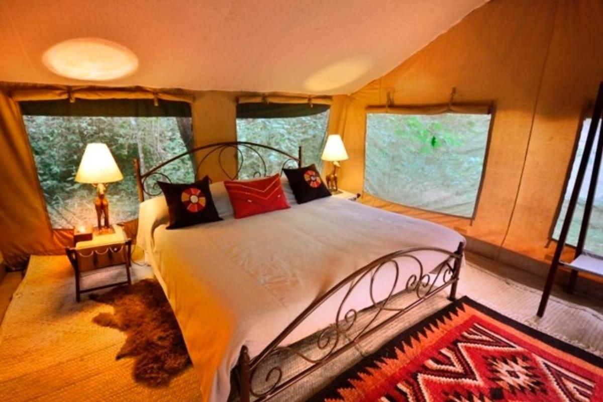 Tented camp on Nairobi National Park, Kenya