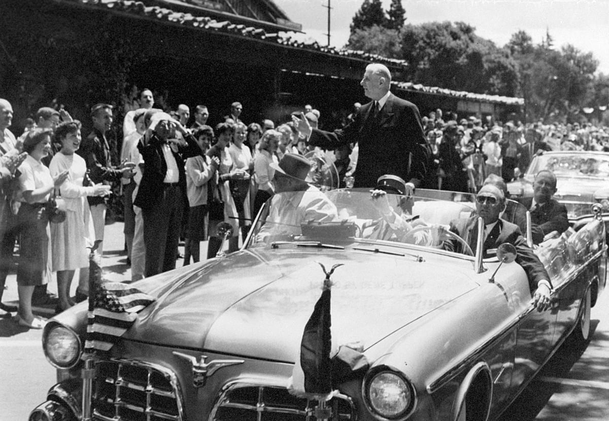 Charles de Gaulle tours Palo Alto, 1960. Courtesy Palo Alto Historical Association