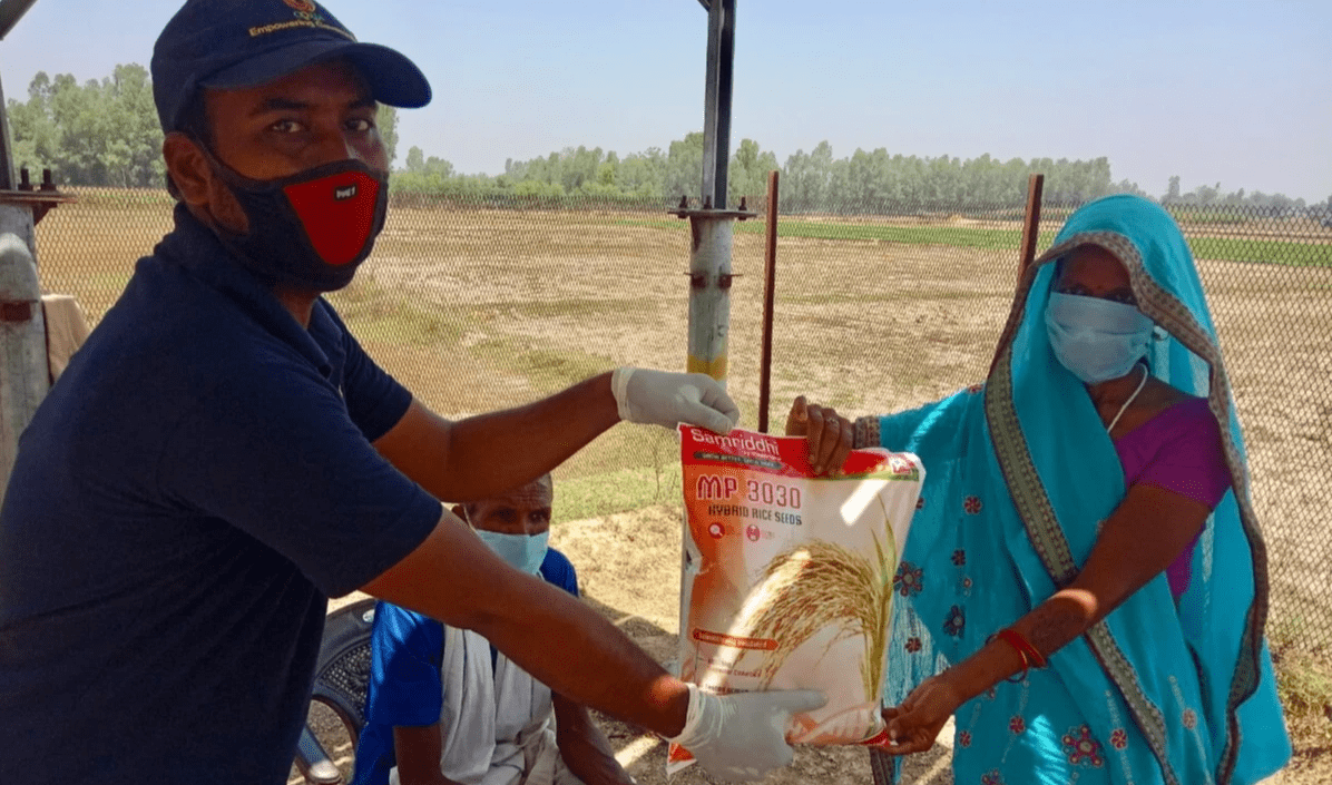 Oorja raised INR 1,00,000 (£ 1,000) during its COVID-19 emergency fundraiser. 78 farming families in 4 villages of Bahraich district, Uttar Pradesh each received 3 kg paddy seeds, 45 kg phosphate or urea fertilisers, and masks and soaps, benefiting over 500 people.