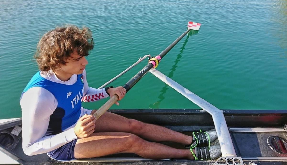 The Rowing Performance system can measure also sweep rowing technique