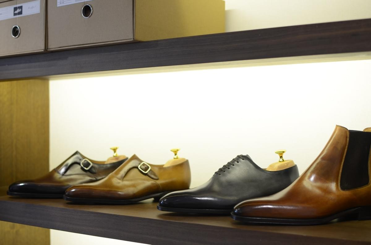 Barre & Brunel patina shoes at Sartor Lab in Macau