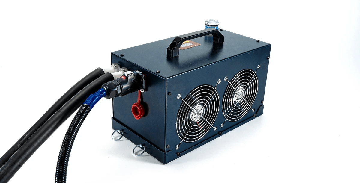 12V Compact Cooler for Body cooling, Small liquid cooling system