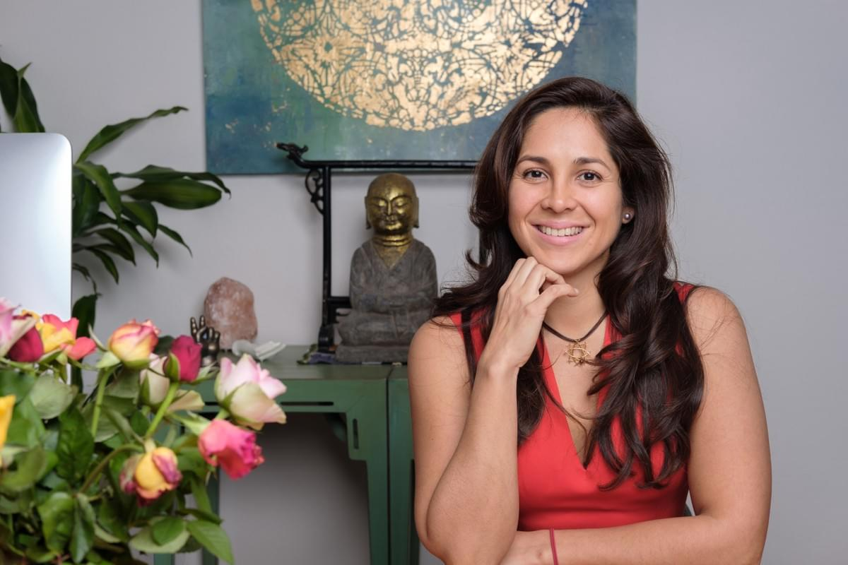 Andrea Cristancho, Holistic Business Coach. International Business Strategist for Female Solopreneurs in the service-based creative Business Space